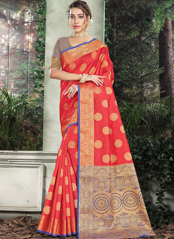 Handloom Silk Saree From Sangam In Red Color